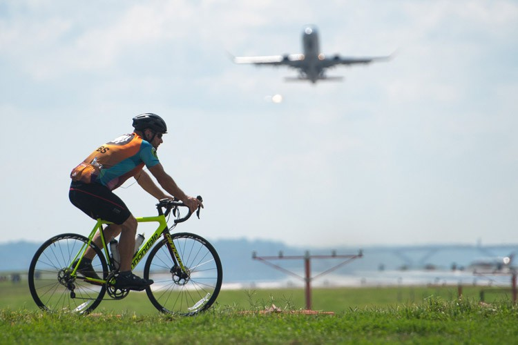 important-tips-for-carrying-a-bicycle-by-plane
