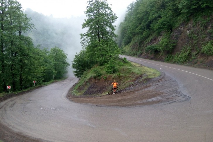 best-cycling-routes-in-iran