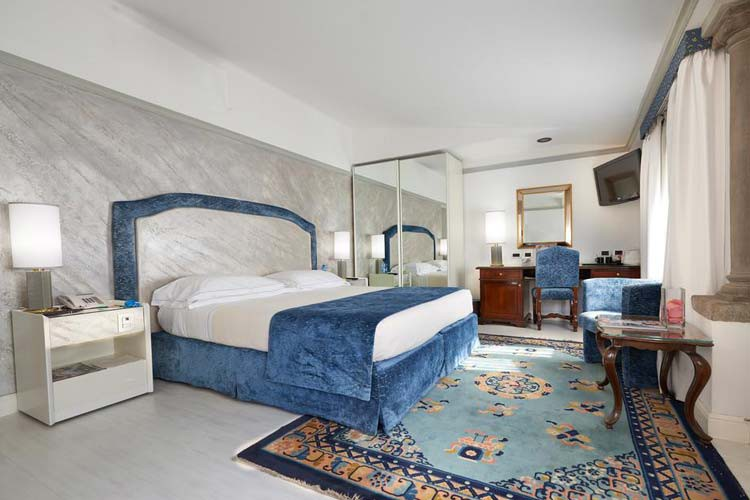 Rivoli Boutique Hotel هتل